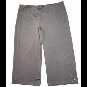 Athleta Capri Leggings Women XL Gray Knee Length